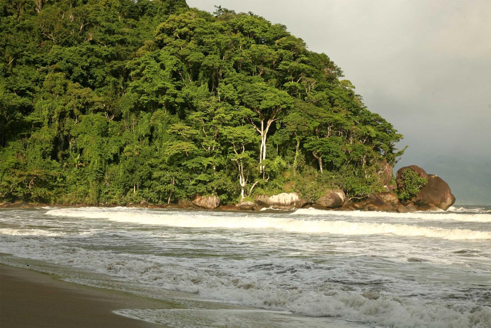 farankaraina-beach-scene