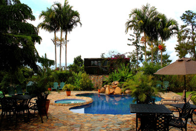 Belize-Holiday-Tours-Hidden-Valley-Inn_Pool-Area
