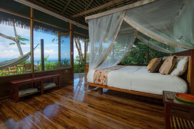 Costa-Rica-Holiday-Tours-Lapa-del-Rios-Eco-Lodge-Room-Interior