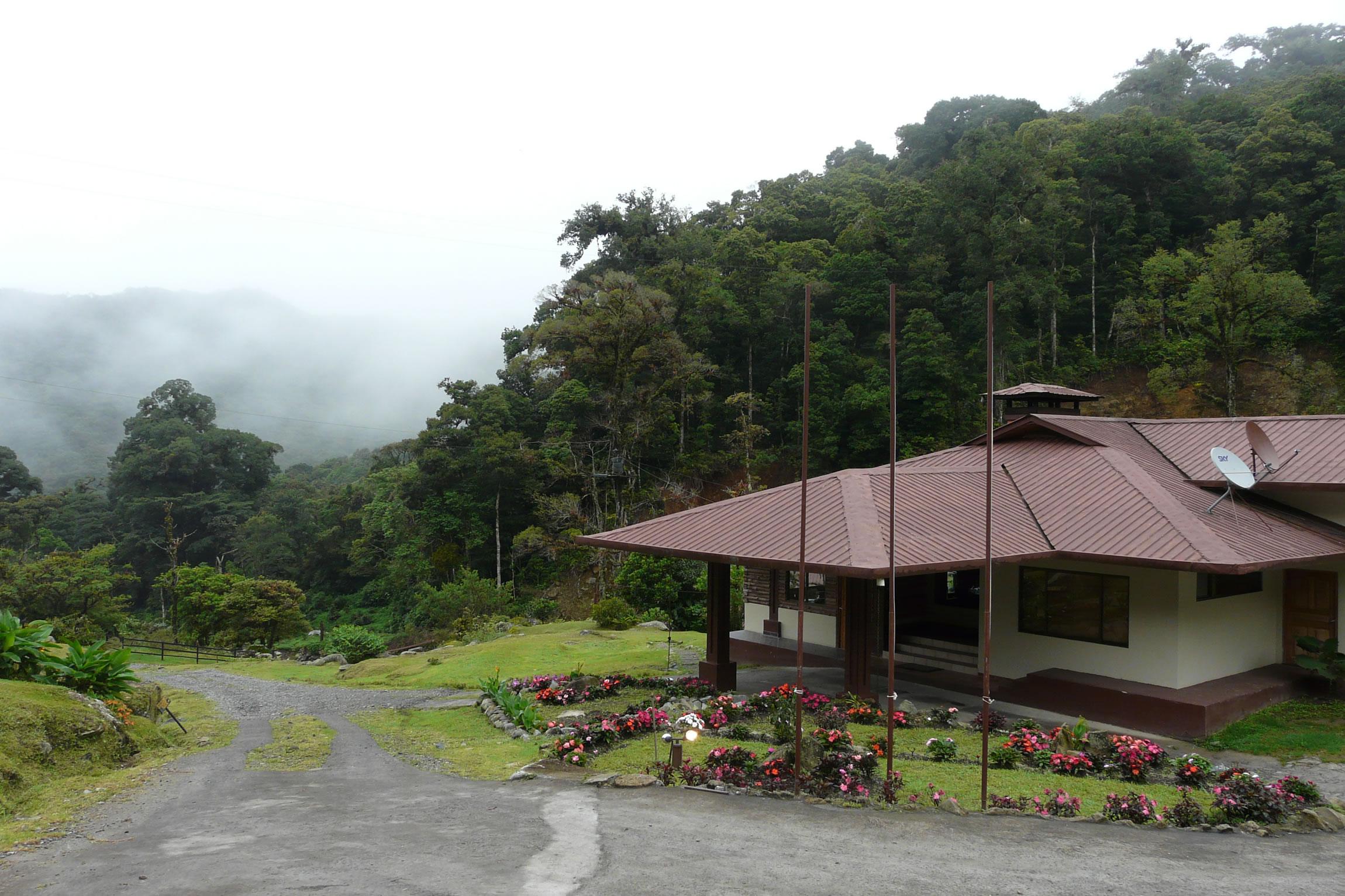 Panama-Wildlife-Tours-Boquete-Tree-Trek-Mountina-Resort_Exterior