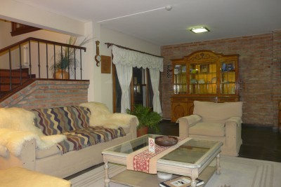 Argentina-Holiday-Tours-Hotel-Baia-Nueva-Lounge