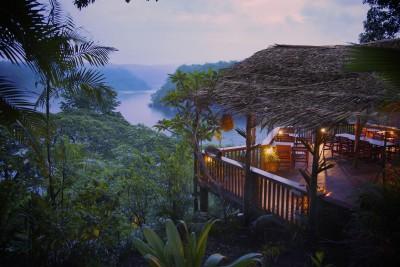 Papua-New-Guinea-Holiday-Tours-Tufi-Dive-Resort_Exterior