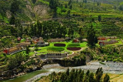 Peru-Tailormade-Tours-Colca-lodge_Aerial-2