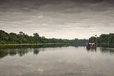 Peru-Tailormade-Tours-Posada-Amazonas_Lake-Visit