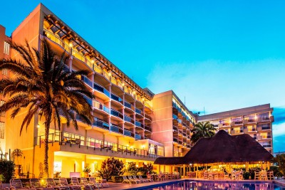 Rwanda-Tailormade-Tours-Des-Milles-Collines-Hotel_Exterior-Sunset