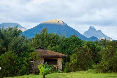 Rwanda-Tailormade-Tours-Gorilla-Mountain-View-Lodge_Mountain-View