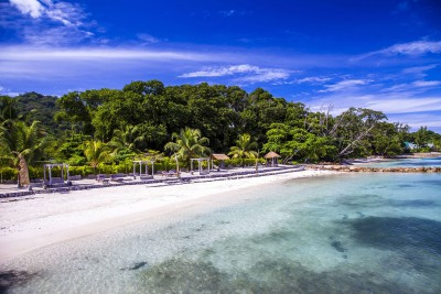 Seychelles-Holiday-Tours-Domaine-de-L'Orangeraie_Beach