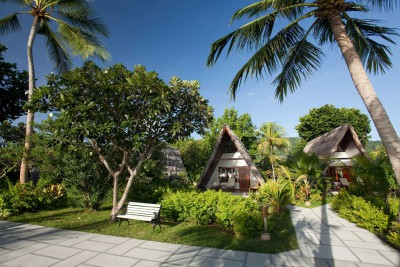 Seychelles-Holiday-Tours-La-Digue-Island-Resort_Exterior