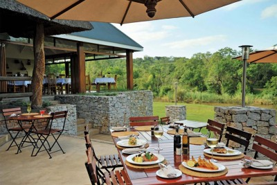 South-Africa-Tailormade-Tours-Perys-Bridge-Hollow_Restaurant