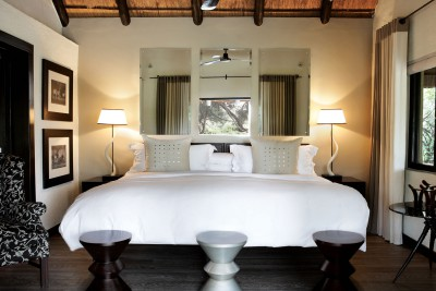 South-Africa-Tailormade-Tours-Varty-Camp_Bedroom