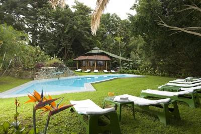 Tanzania-Tailormade-Tours-Dik-Dik-Hotel_Hotel_Pool_2