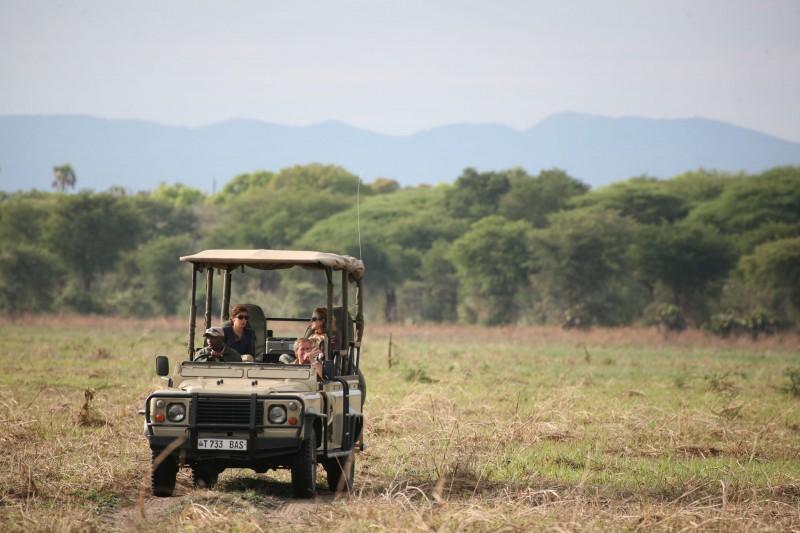 Tanzania-Tailormade-Tours-Katavi-Chada_Safari