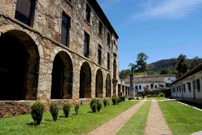 Brazil-Tailormade-Tours-Santuario-do-Caraca_Exterior