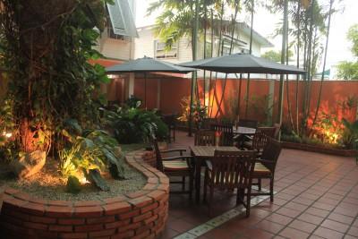 Guyana-Tailormade-Tours-Cara-Lodge_Exterior