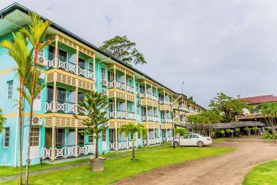 Guyana-Tailormade-Tours-Eco-Resort_Exterior