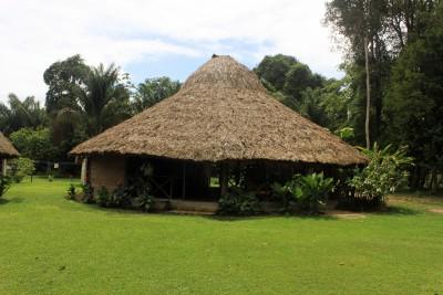 Guyana-Tailormade-Tours-Rewa-Eco-Lodge_Restaurant