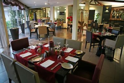 Madagascar-Holiday-Tours-Relais-des-Plateaux_Restaurant