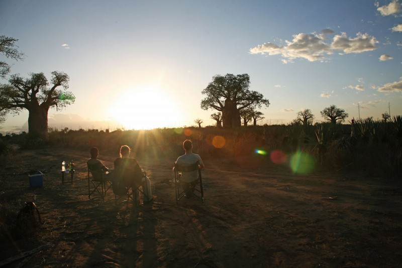 Madagascar-Wildlife-Tours-Itinerary-4_Watching sunset at Mandrare