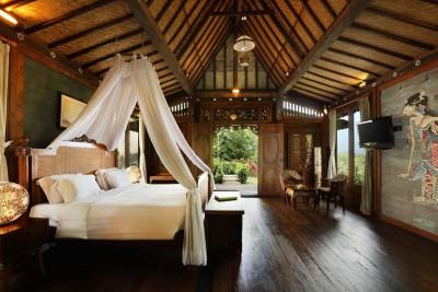 Indonesia-Tailor-made-Holidays-Platara-Borobudur_pool-villa