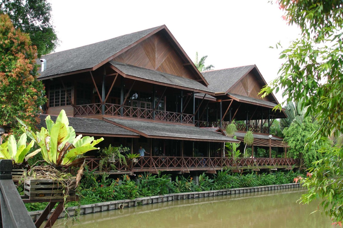 Sepilok Nature Resort Reef And Rainforest Tours
