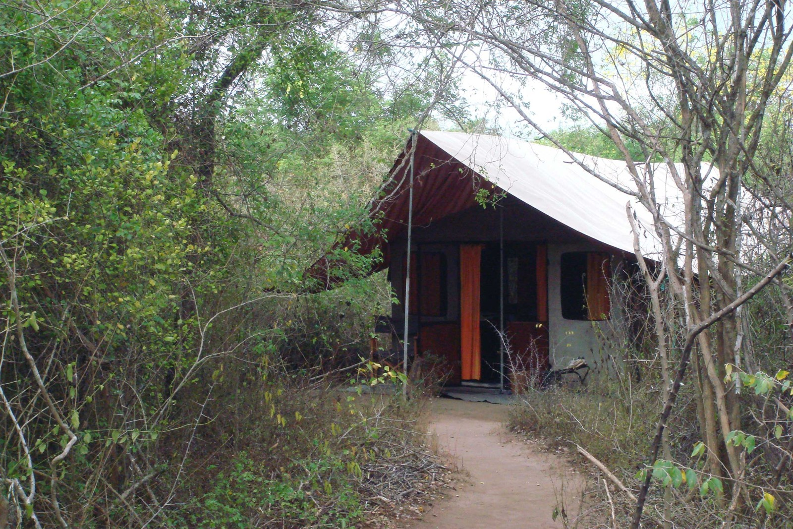 Mahoora Luxury Camping Reef And Rainforest Tours