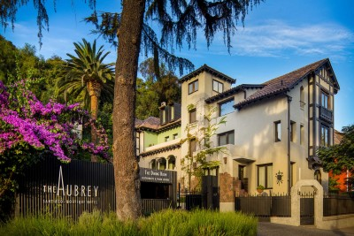 chile-wildlife-tours_accommodation_the-aubrey-exterior