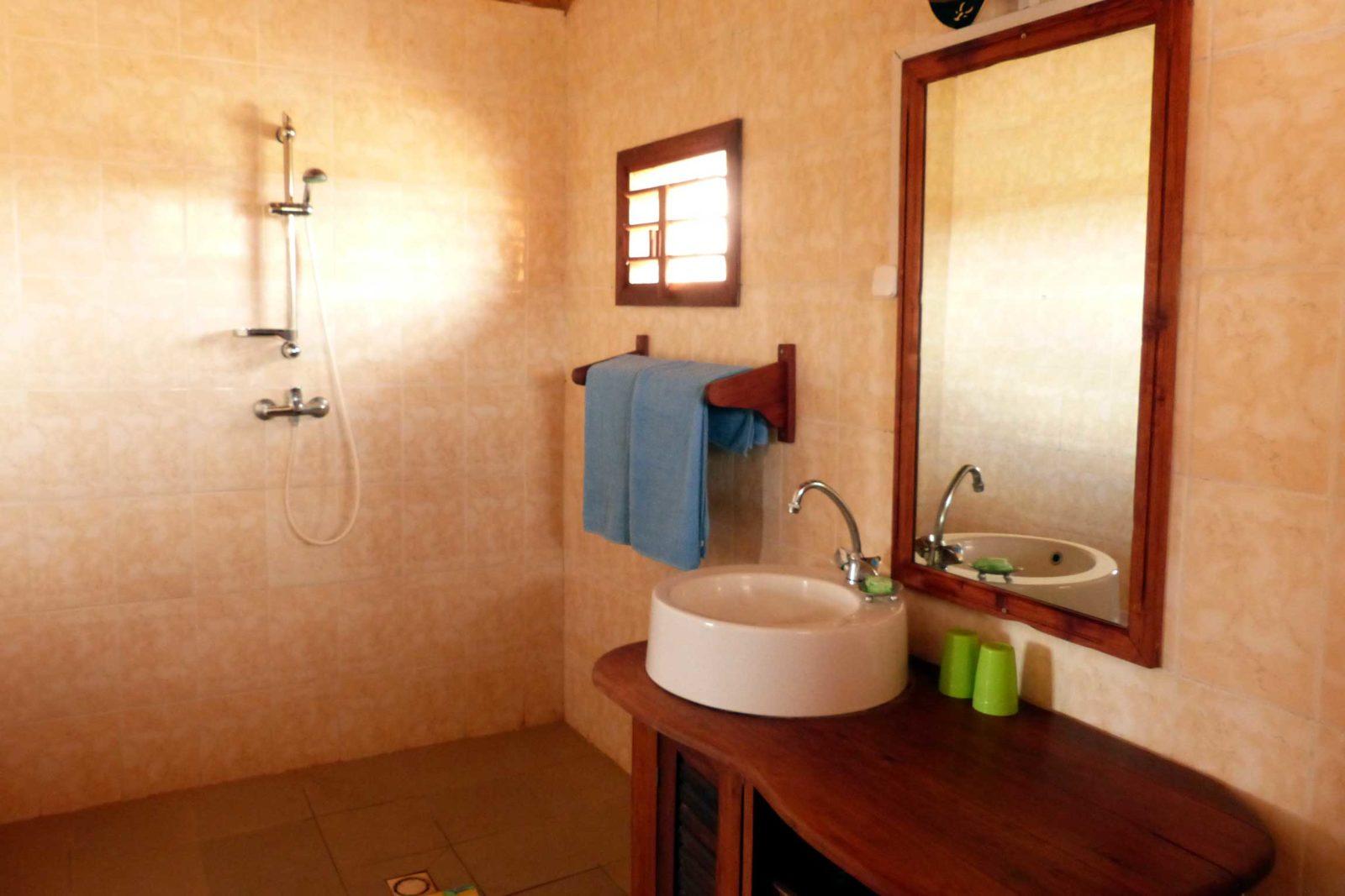Madagascar-Wildlife-Tours_Accommodation_Relais-Du-Kirindi-6